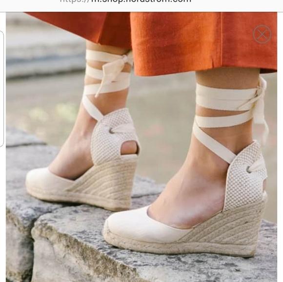 faee3de18ec Soludos Wedge Ankle Lace-up Espadrilles Ivory 9.5.  M 5c305dce12cd4aaecba17734
